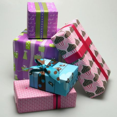 Retro Presents Gift Wrap